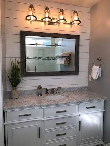 Bald Head Island w/ Newly Remodeled Master Bath - Bald Head Island - Selveierleilighet