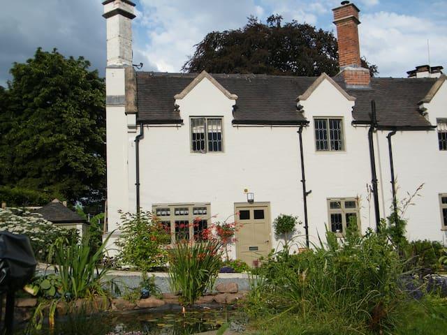 Grade II Listed Hanchurch Manor Annex