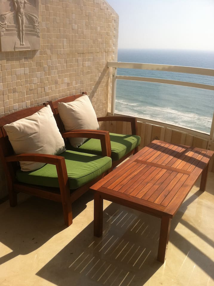Relaxing Balcony - great view -  with  sunbed