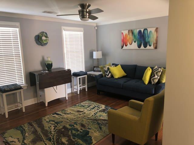Atlanta 2 Bedrooms, 1 Full Bath,  New Remodel