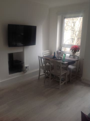 Central, Clean & Spacious 2 Bed NW3