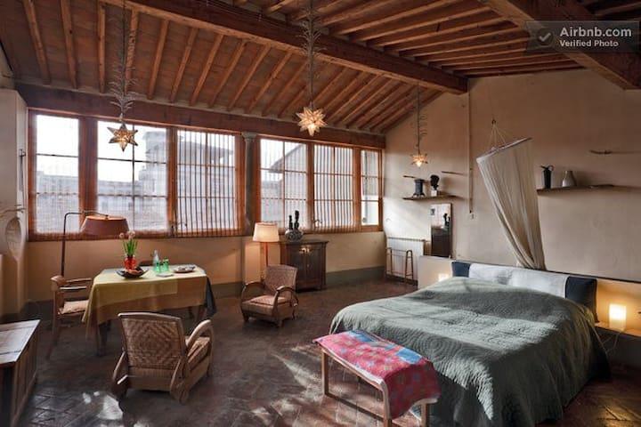 Le Tre Stanze Bedrooms, Mansarda - Florence - Bed & Breakfast