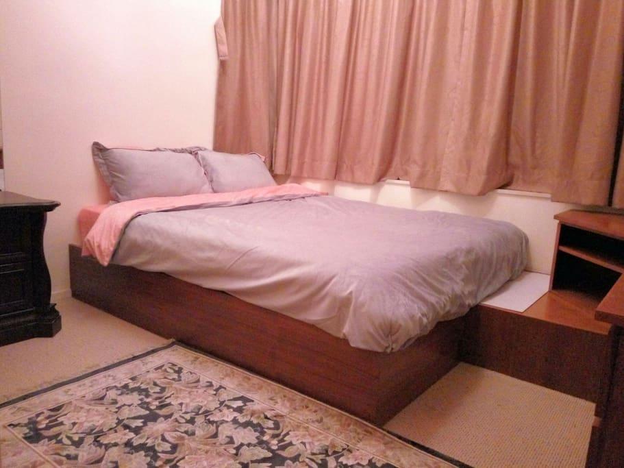 queen size, high quality spring mattress