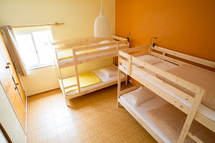 Good Feeling Hostel - 4 Bed Mixed Dorm