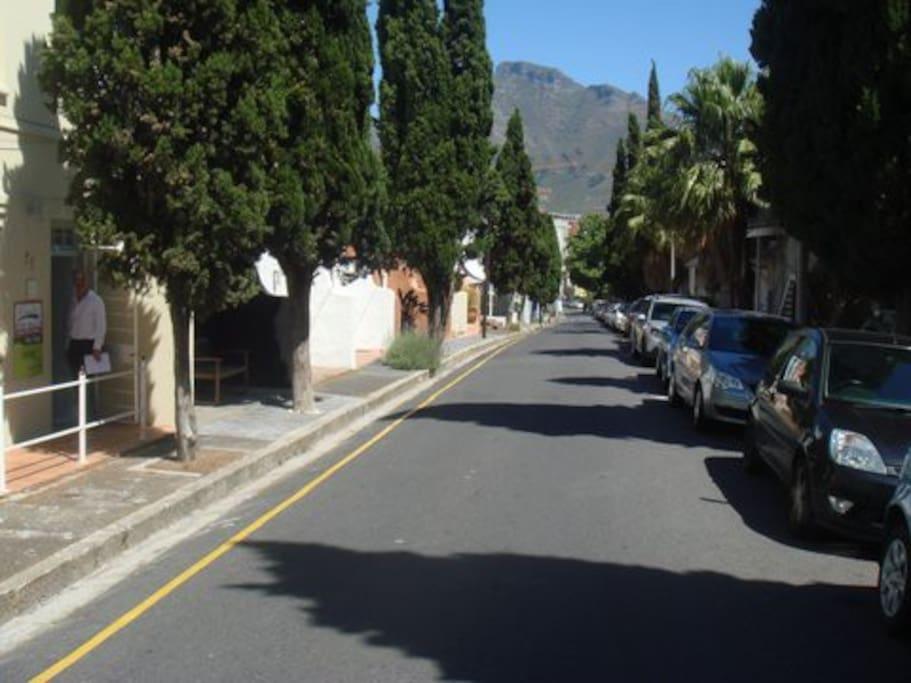 Loader Street