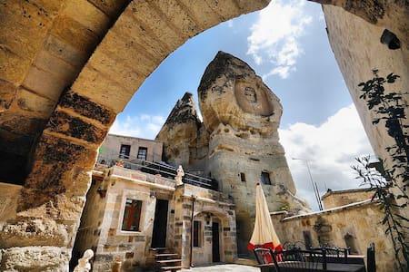 Divan Cave House Bed&Breakfast - Nevşehir