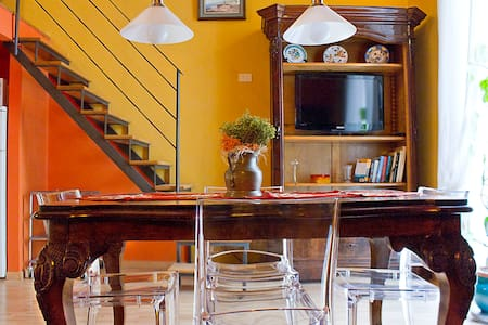 flat and guided tours by the owner - Naples - Apartment