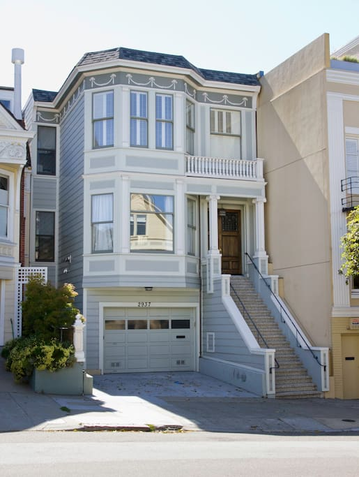 Beautiful, remodeled Victorian home in perfect San Francisco location