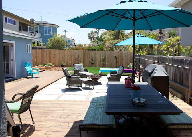 Inviting Beach Cottage, Steps to Beach & Downtown - Carlsbad - House