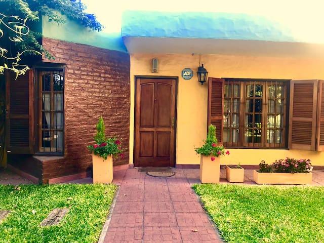 Habitación privada en casa de familia