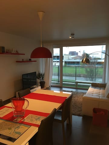 Modern, bright & fully equiped apt in Ostend! - Oostende - Appartement