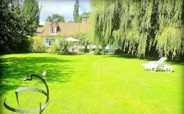 5 ✯ Residential Farmhouse |  Maison Bohémienne