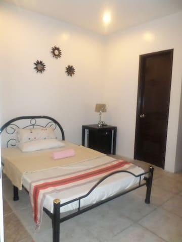 San Pablo Transient Room (small room) - San Pablo City - Lainnya