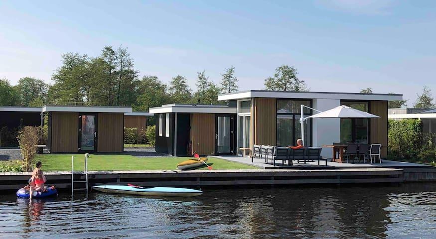 Watervilla Loosdrecht/Amsterdam