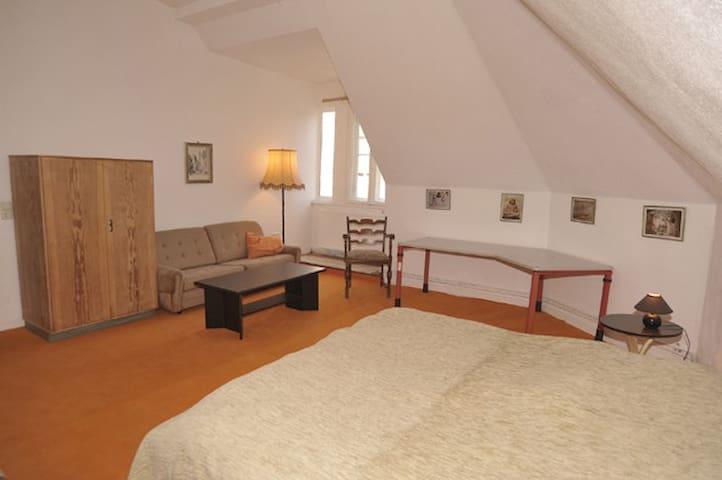 Wohnung 3 Zimmer Gem - Küche Bad - สโตลเปน - อพาร์ทเมนท์