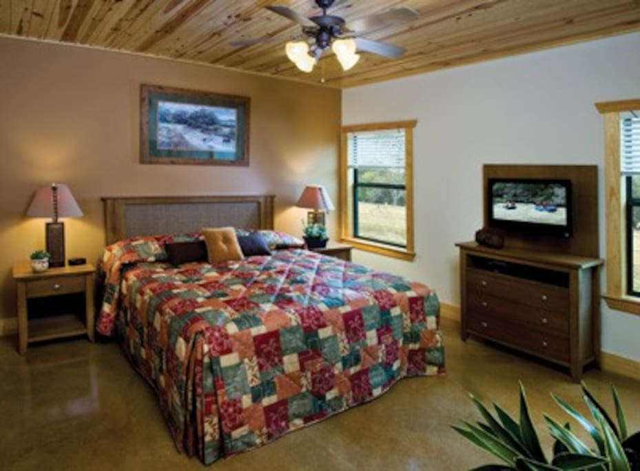 2-Bedroom Deluxe in New Braunfels