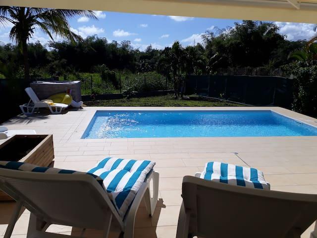 Villa zen et green - Piscine et confort