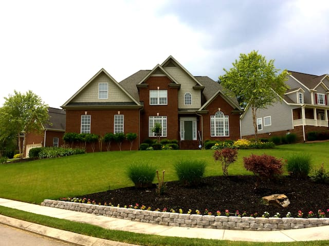 Two Story Home - 2 BR, 3 Full Baths