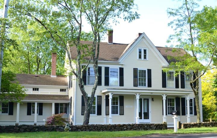Historic Mooresfield estate: East Room