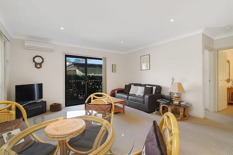 Hill Street BnB Modern Self contained apartment