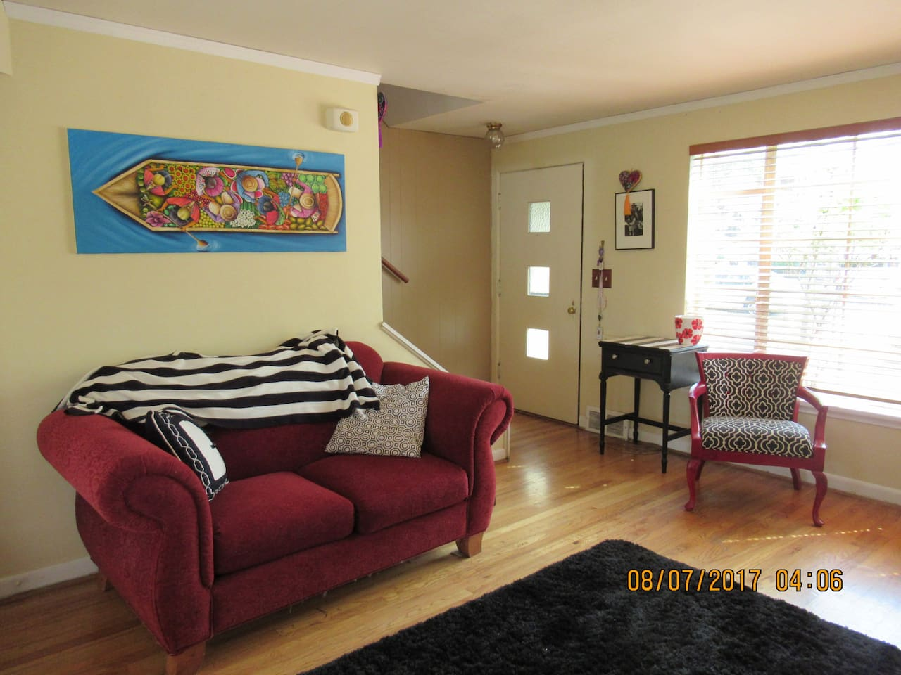 Sunny townhouse in the heart of Wallingford