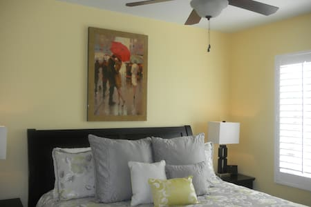 Temecula Private Bedroom & Bath - Temecula
