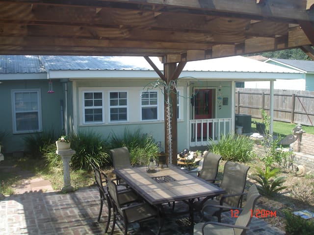 Compass Rose Cottage - Bay Saint Louis - Ev