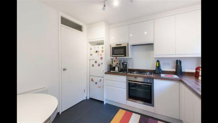 Nicely decorated 1 bedroom flat with sofa bed