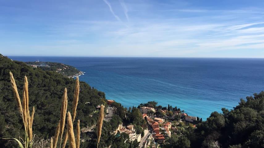 Monte-Carlo Country Club - Roquebrune-Cap-Martin - Hus