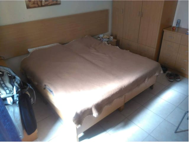 Good located room near by the beach - Ta' Xbiex