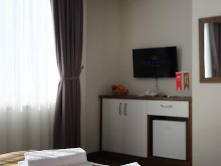Grand Gulluk Hotel - Deluxe Aile Odasi