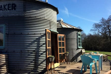 Grain Bin Living - Derrington Manor Farm