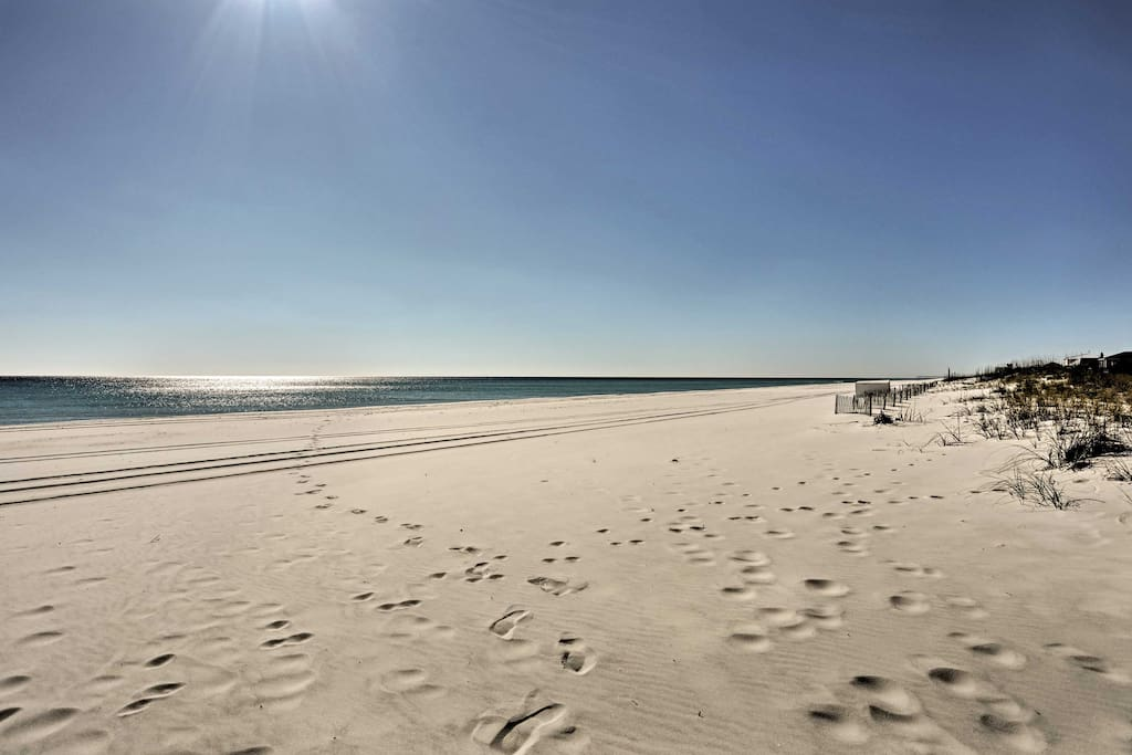 Pensacola Beach is known for its white sand beaches and warm Gulf of Mexico waters!