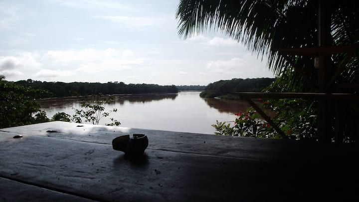 A wonderful bungalow on the Tambopata river