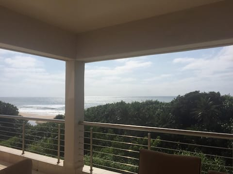 Stunning apartment with direct access to the beach