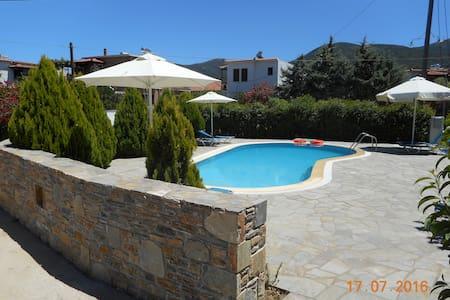 Guesthouse Christos - Skopelos - 民宿
