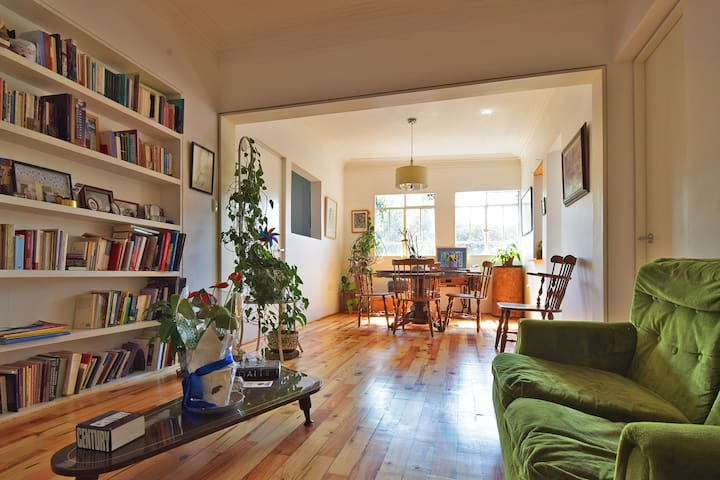LOVELY apt in the heart of COYOACAN!  2