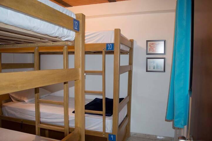 Habitación privada para 3 personas
