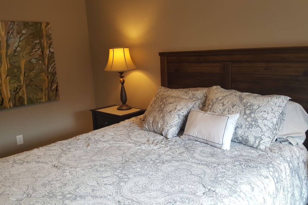 Premium bedding and luxurious new queen size bed