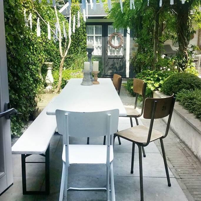 tuin, uitzicht vanuit de keuken