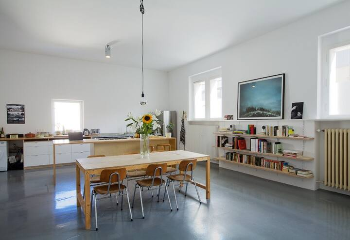 Very special loft apartment in Charlottenburg