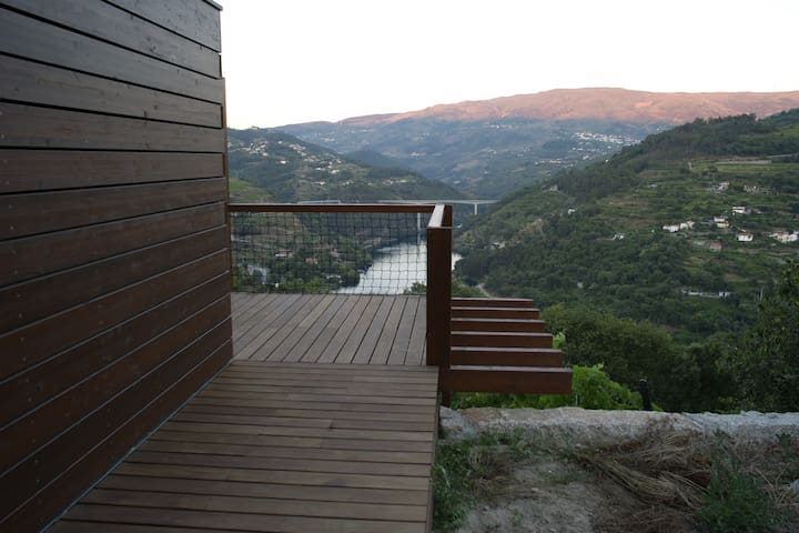 Lovely cabins in Douro's vineyards