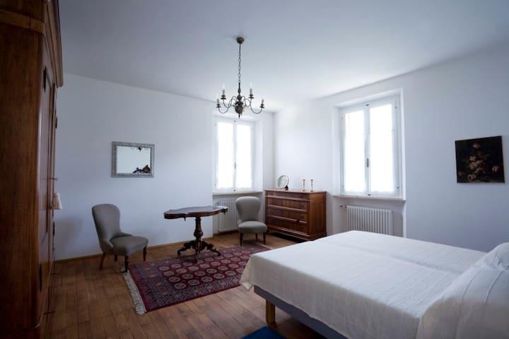 Monte Matello - private bedroom