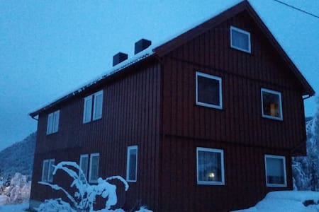 Big house at Orkanger - Orkdal - Casa