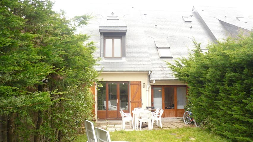 House normandy on the beach - Merville-Franceville-Plage - House