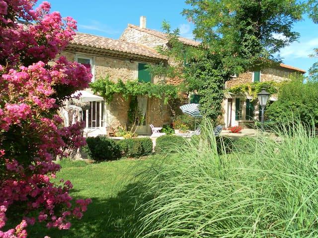 La Petite Granjone - Bouchet - House