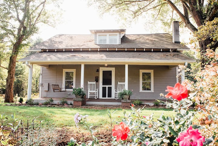 Willow Oak Farm House