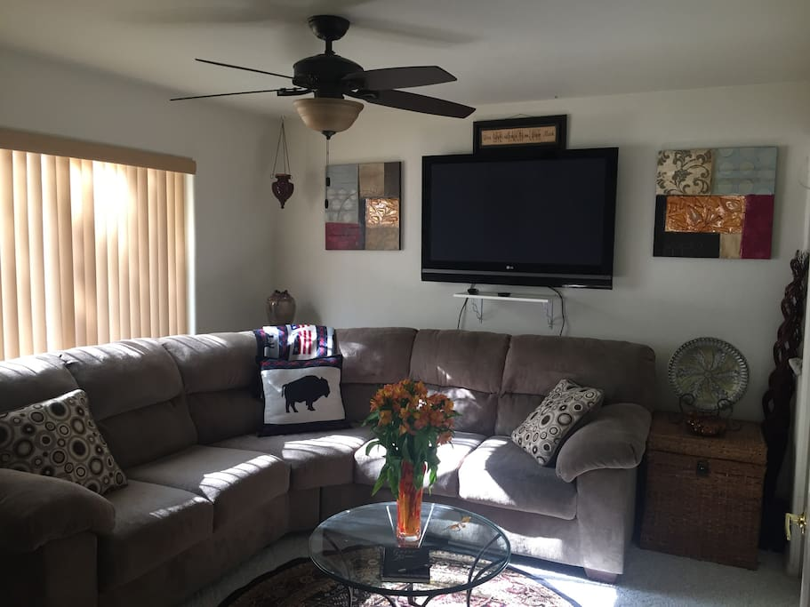 Guest living room to relax, laptop time , view pictures you took or watch some TV..