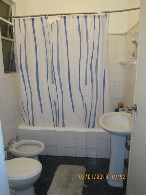 room for rent   / shared/ san telmo