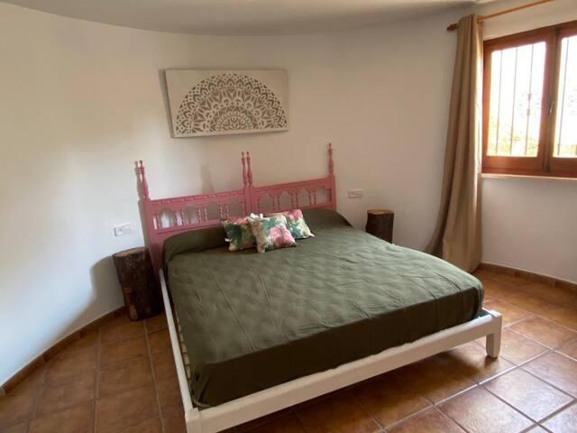 habitación cama 180
